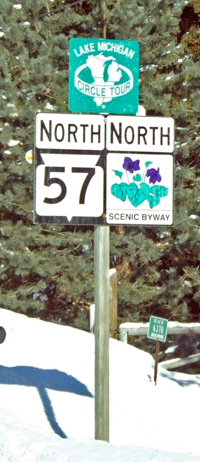 Wisconsin Scenic Byway route marker assembly